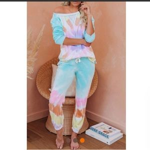 Tops - Tie dye joggers pants and top set NEW